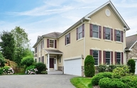 9 Brown Ct Chester NJ, 07930