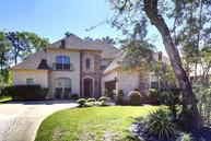 22 South Swanwick Place Tomball TX, 77375