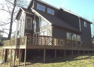 105 Bay Dr Lancaster TN, 38569