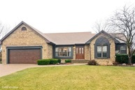 411 Crest Hill Drive Prospect Heights IL, 60070