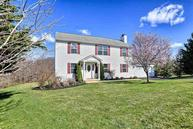 221 Cool Spring Lane Stewartstown PA, 17363