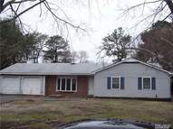 176 Wading River Hol Rd Middle Island NY, 11953