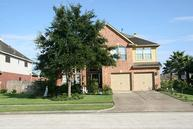 3611 Pine Valley Dr Pearland TX, 77581