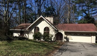 364 Waukazoo Dr Holland MI, 49424