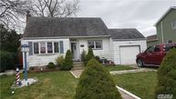 1437 13th St West Babylon NY, 11704