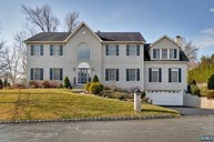 1 Frederick Ct Park Ridge NJ, 07656