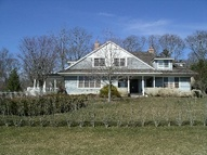 5 Mill Path Bridgehampton NY, 11932