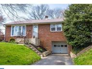 112 Meadowbrook Ln Brookhaven PA, 19015