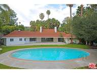 1069 Shadow Hill Way Beverly Hills CA, 90210