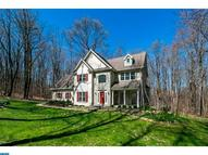 15 Hillside Cir Honey Brook PA, 19344