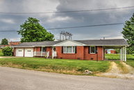 200 Willow St Livermore KY, 42352