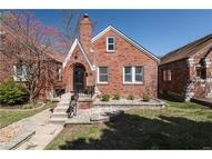 2048 Bredell Avenue Maplewood MO, 63143