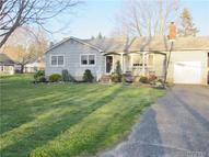 17 Hallock Ln Center Moriches NY, 11934