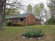 512 Hatley St White Bluff TN, 37187