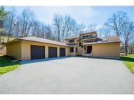 35 Bishop Ln Coventry CT, 06238