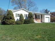 28 Barry Dr Rockaway NJ, 07866