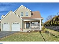 65 Waynebrook Dr Honey Brook PA, 19344