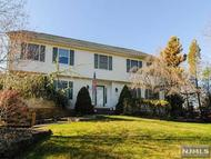 307 French Hill Rd Wayne NJ, 07470