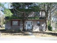 18 Garden Dr Gales Ferry CT, 06335