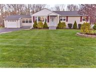 14 Shaw Dr North Haven CT, 06473