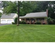 16 Jeffrey Circle Southwick MA, 01077