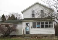 324 East Bacon St Hillsdale MI, 49242