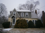 21 Norwood Ter Holyoke MA, 01040