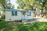 1027 E Parker Independence MO, 64050