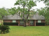 2599 South Front St Angleton TX, 77515
