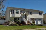 23 Westminster Ln West Islip NY, 11795
