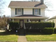 708 28th St Northeast Canton OH, 44714