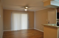 904 University Oaks #109 College Station TX, 77840