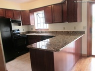 Rolling Meadows Townhomes Apartments Pepperell MA, 01463