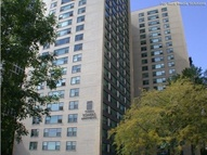 Twin Towers Apartments Chicago IL, 60615