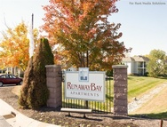 Runaway Bay Apartments Indianapolis IN, 46224