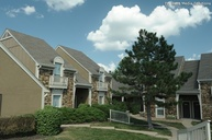 Pointe Royal Town Home Apartments Overland Park KS, 66213