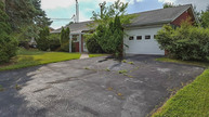 54 Maple Dr Hanover PA, 17331