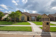 103 Pebble Brook Victoria TX, 77904