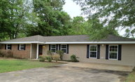 1100 Parkwood Picayune MS, 39466