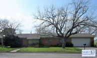 324 S Mulberry Ave Luling TX, 78648