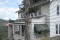 206 N Mountainview Ave Mount Hope WV, 25880