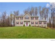 36 Lockwood Lane Mahopac NY, 10541