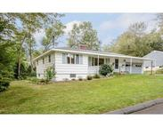 71 Hovey St Lowell MA, 01852