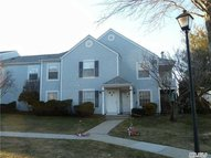 261 Fairview Cir Middle Island NY, 11953