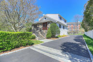 7 Suburban Avenue Cos Cob CT, 06807