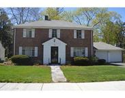 49 Woodlawn Dr Chestnut Hill MA, 02467