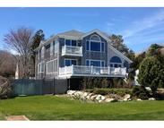 18 Pleasantview Ave Mattapoisett MA, 02739
