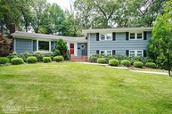 31 Sussex Rd New Providence NJ, 07974