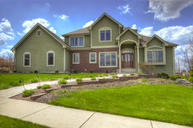 265 Upper Woodford Cir West Bend WI, 53090