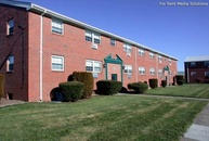 Bradford Commons Apartments Newington CT, 06111